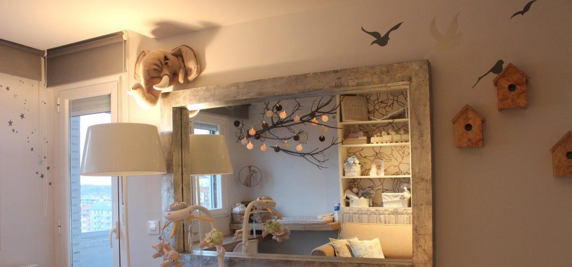 Imagen habitación infantil para slider Habitaciones Infantiles con mural y árbol