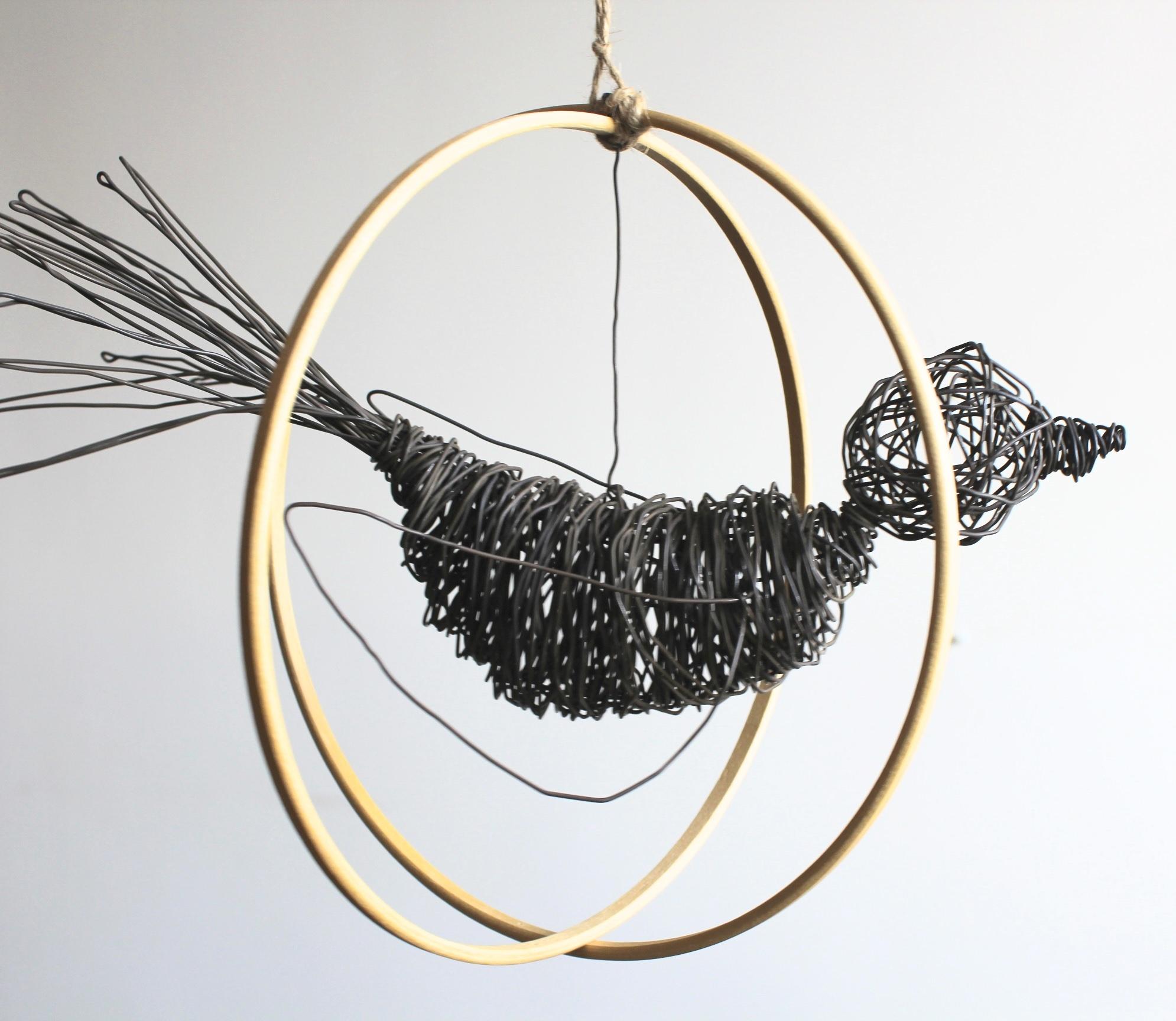 Escultura Pájaros en la Cabeza sobre bastidor